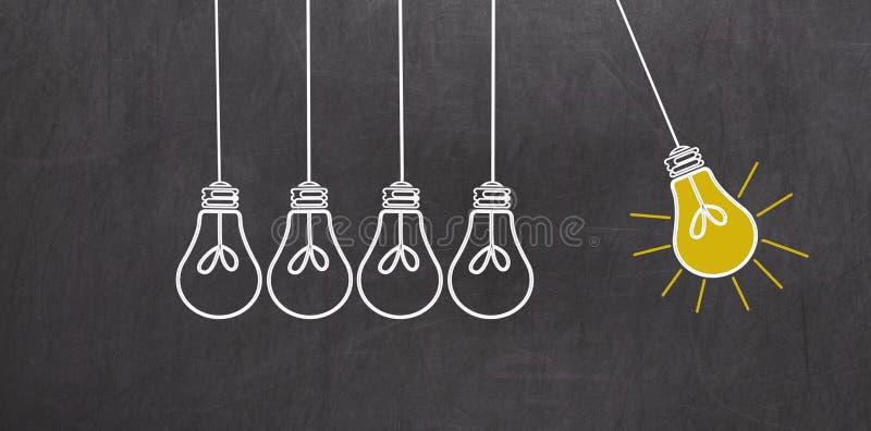 отличная идея Концепция творческих способностей с электрическими лампочками на доске бесплатная иллюстрация