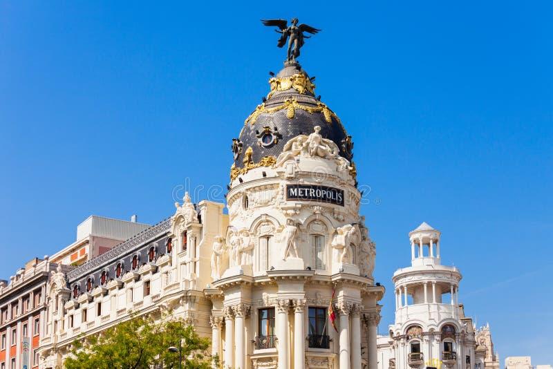 Офисное здание метрополии в Мадриде, Испании стоковое изображение