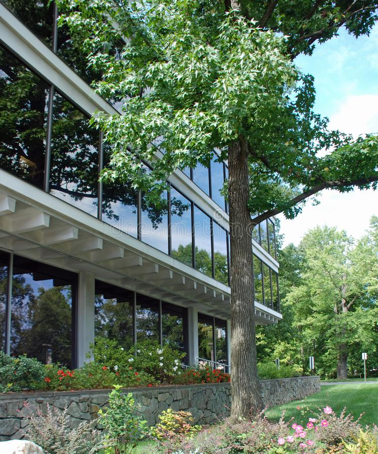 Офисное здание, Riverdale, Мэриленд стоковые фотографии rf