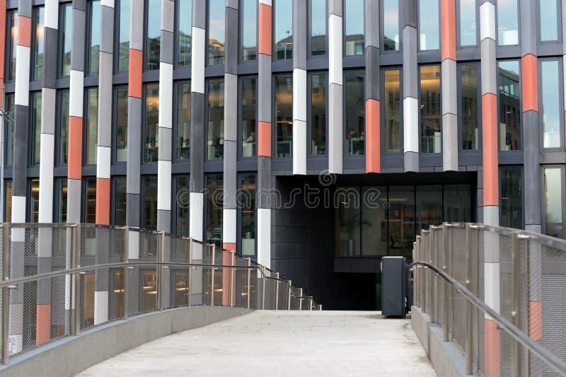 Офисное здание в Праге стоковая фотография