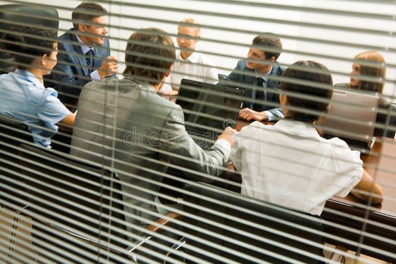 офис обсуждения стоковое фото