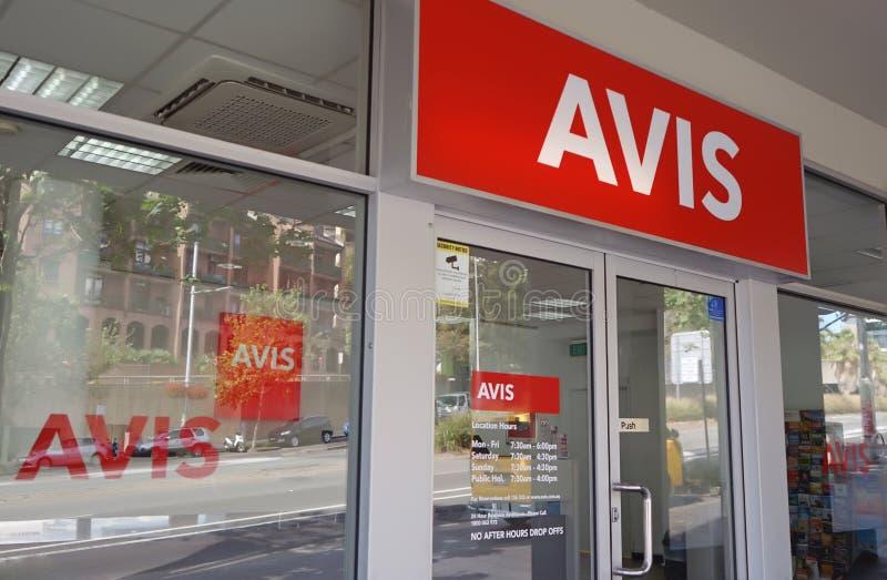Офис проката автомобиля Avis Основанный в 1946, Avis американский ведущий поставщик прокатного автомобиля стоковое фото rf