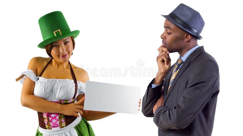 Официантка и клиент стоковое изображение rf