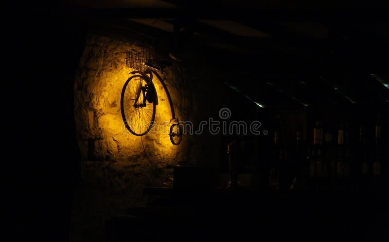 Оформление велосипеда в баре стоковое изображение