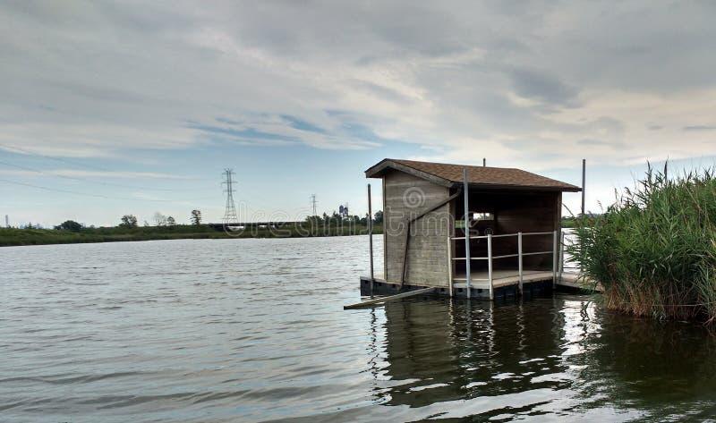 Охотиться шторки, заводь Kingsland, река Hackensack, луга, NJ, США стоковые фотографии rf