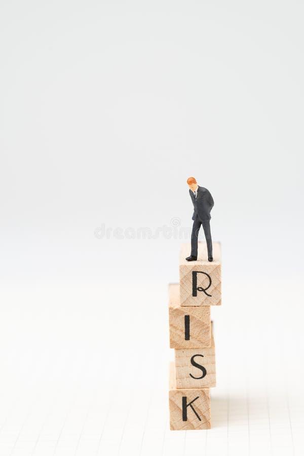 Оценка делового риска или концепция управления с миниатюрным fi стоковое фото