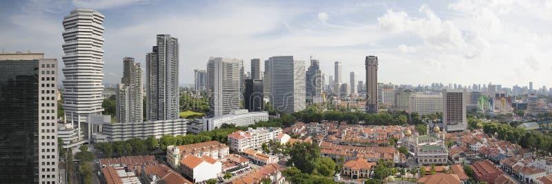 Очарование Kampong в панораме вида с воздуха Сингапура стоковая фотография rf