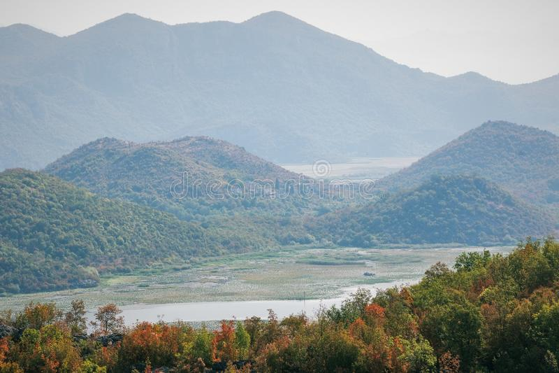 Очаровательная природа Черногории в августе стоковые фотографии rf
