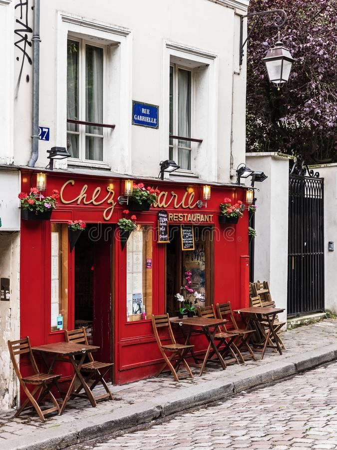 Очаровательный ресторан Chez Мари на холме Montmartre Франция paris стоковая фотография