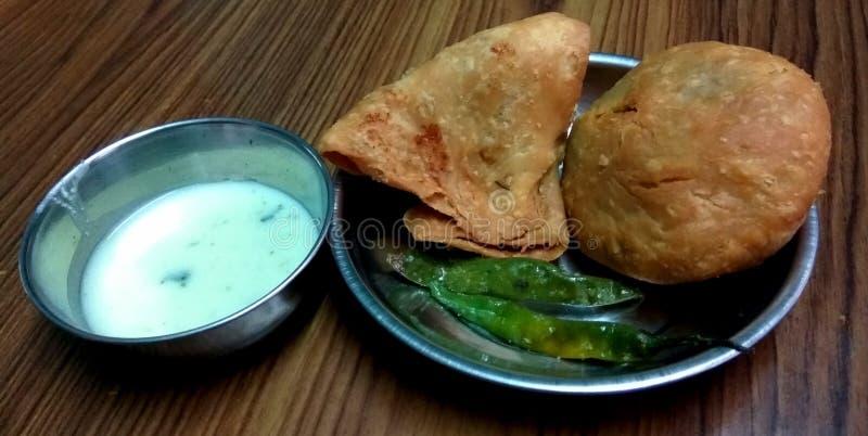 Очень вкусная индийская еда улицы стоковые изображения