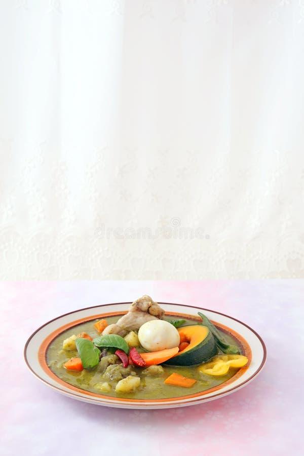 Очень вкусное зеленое карри стоковая фотография