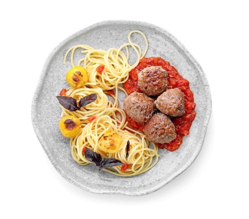 Очень вкусные макаронные изделия с шариками мяса и томатным соусом стоковые изображения rf