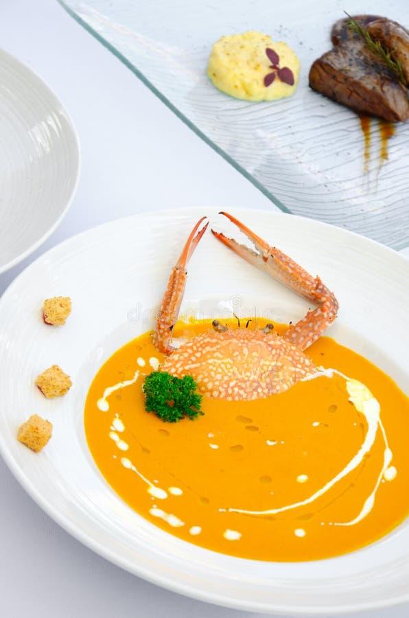 Очень вкусные супы сливк краба стоковые фото