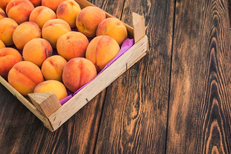 очень вкусный персик плодоовощ стоковые фото