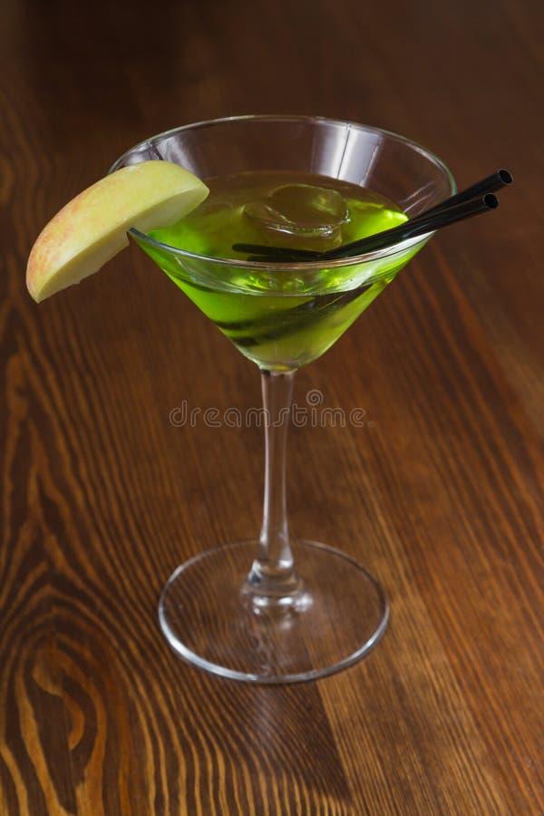 Очень вкусный спиртной коктеиль стоковое изображение rf
