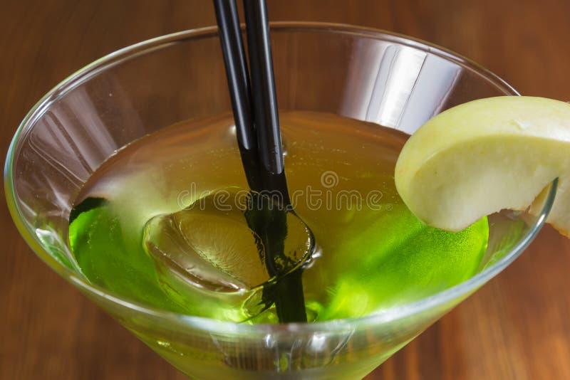 Очень вкусный спиртной коктеиль стоковые фотографии rf