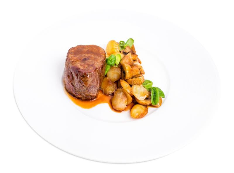 Очень вкусный стейк говядины в соусе demiglas стоковая фотография