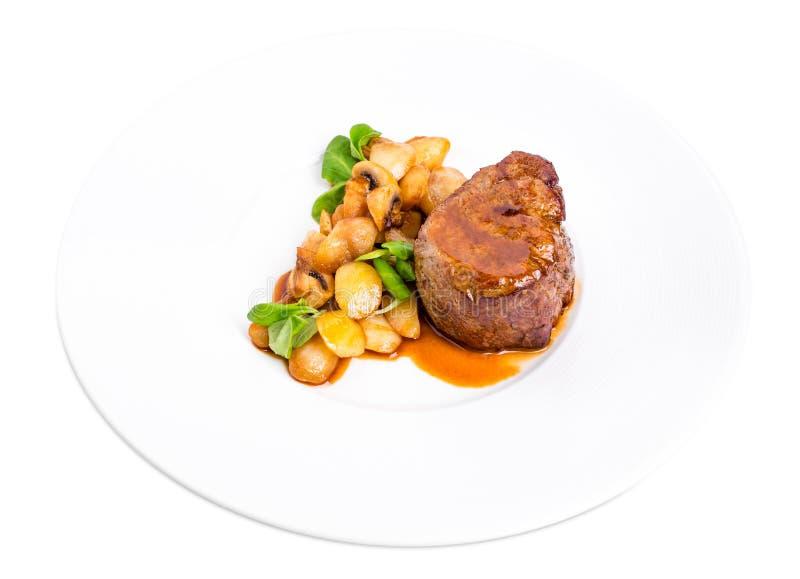 Очень вкусный стейк говядины в соусе demiglas стоковое изображение rf
