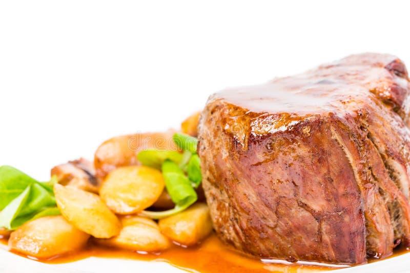 Очень вкусный стейк говядины в соусе demiglas стоковые фото