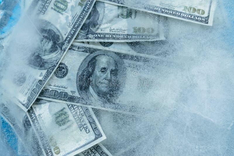 100 долларов замерли melt, который стоковое изображение rf