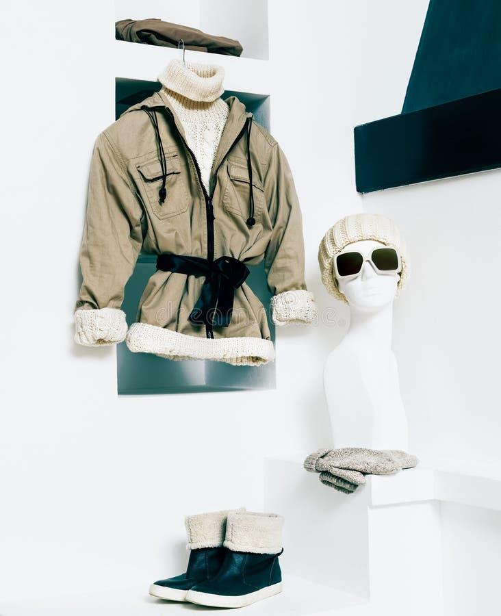 Одежда зимы модная стоковая фотография rf