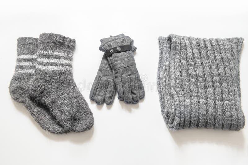 Одежды и аксессуары зимы стоковое фото rf