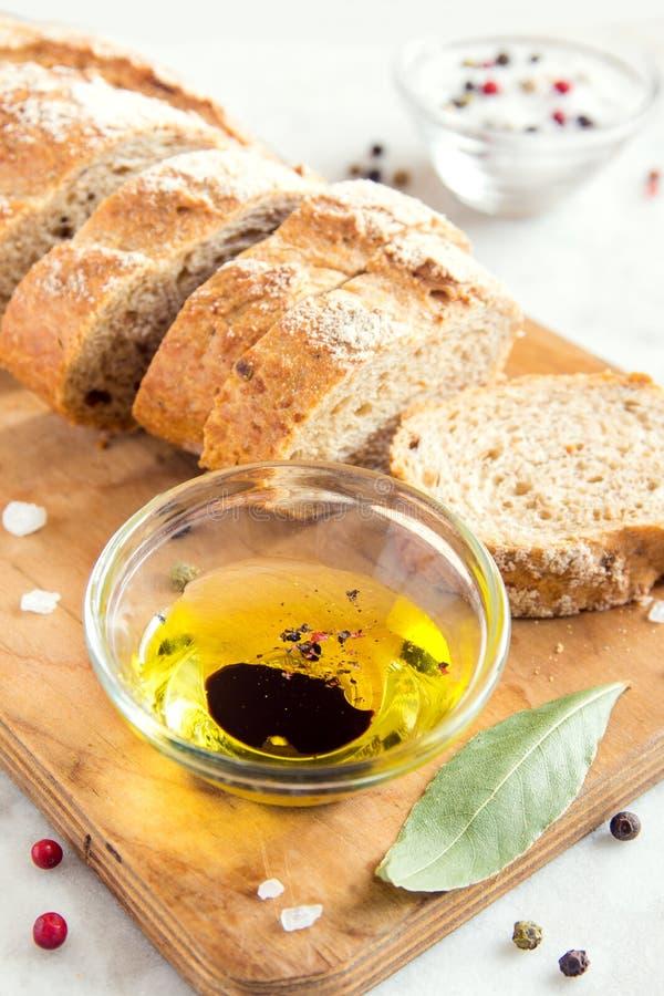 оливка масла ciabatta хлеба стоковое фото