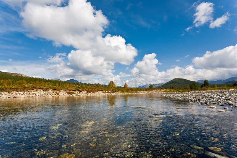 Download Одичалый ландшафт в горах Ural. Стоковое Фото - изображение насчитывающей прилив, scenics: 33737390