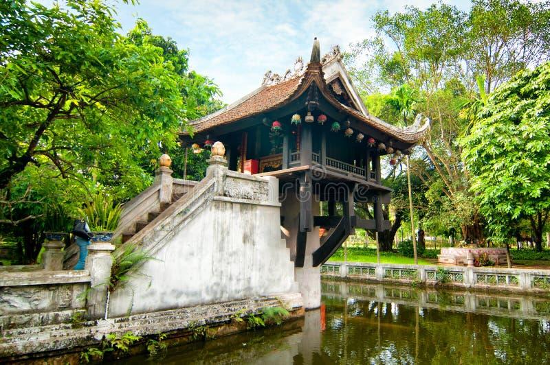 Одна пагода штендера в Ханое, Вьетнаме стоковое фото rf