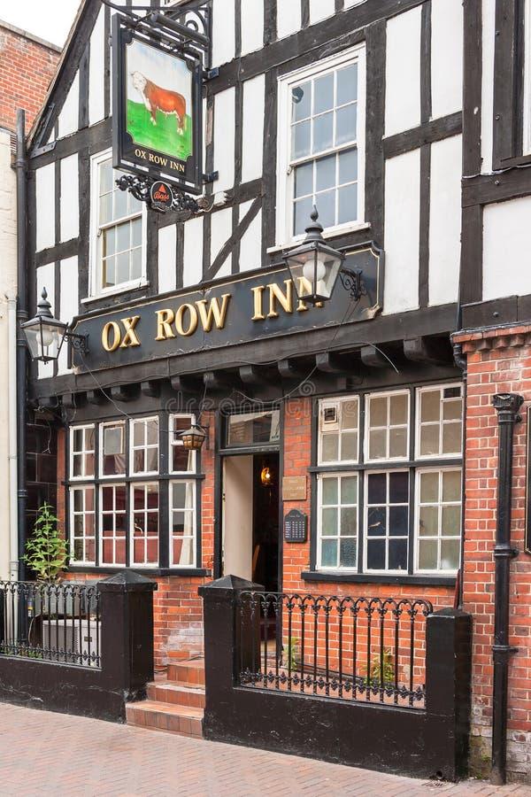Паб гостиницы строки вола Солсбери, Wilshire, Англия стоковое изображение rf