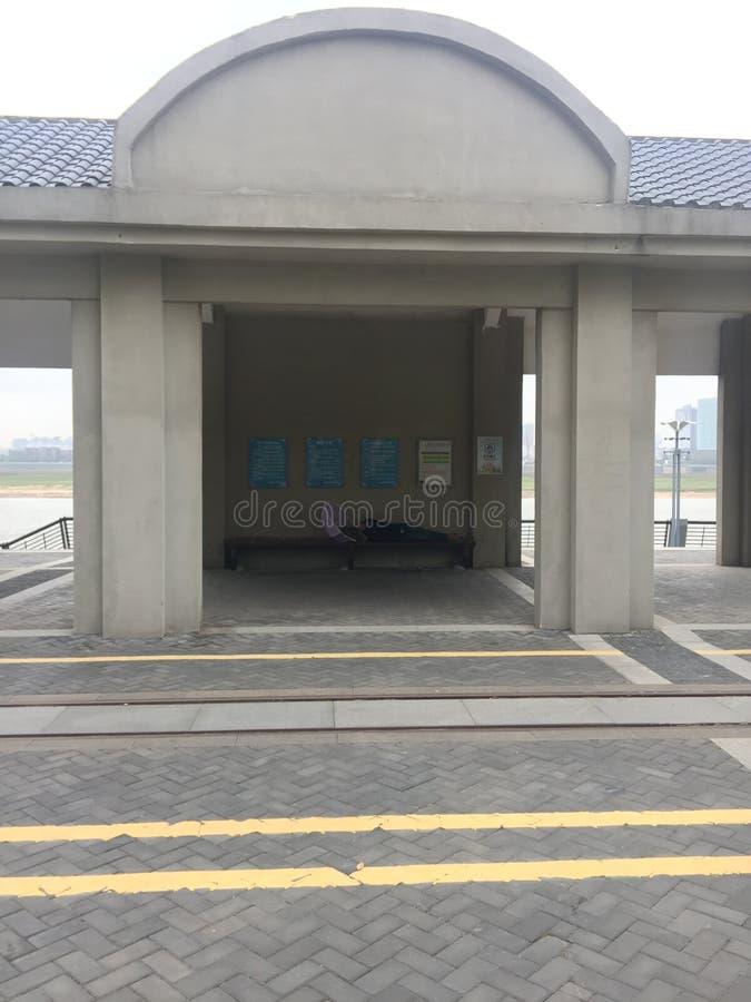 Павильон вдоль реки Ganjiang стоковая фотография rf