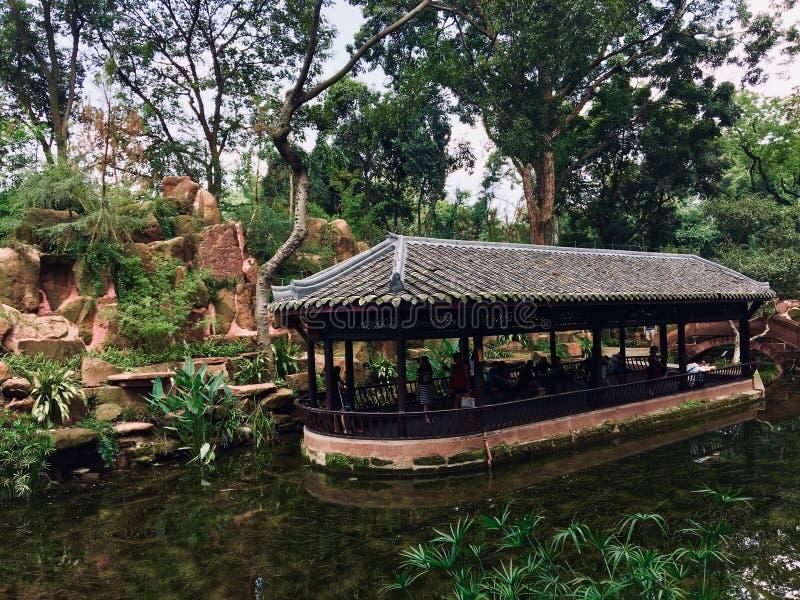 Павильон воды в виске Sansu родовом стоковое фото rf