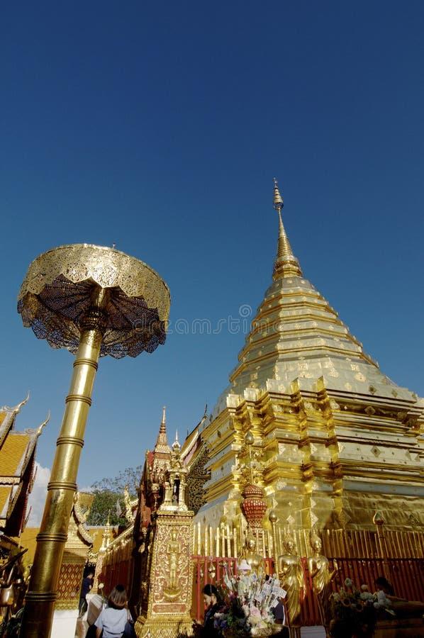 Пагода виска Wat Doi Suthep стоковые фотографии rf
