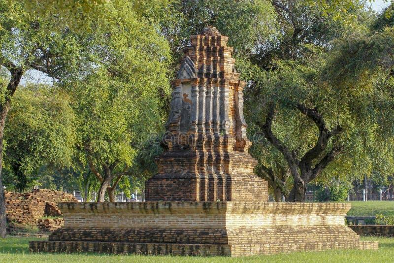 Пагода старая в районе парка ayutthaya виска историческом на Таиланде стоковая фотография