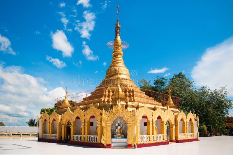 Пагода Мьянмы в Kawthaung, пункте Виктории стоковое фото