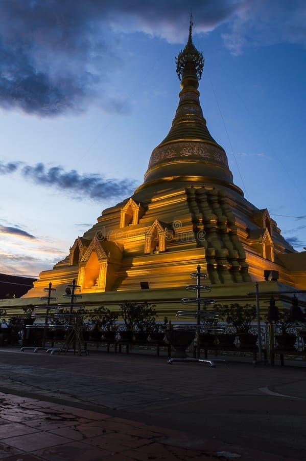 Пагода Gloden стоковая фотография