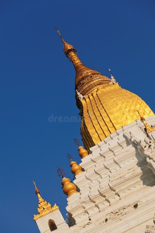 Пагода Kyauktawgyi, Мандалай стоковое изображение rf