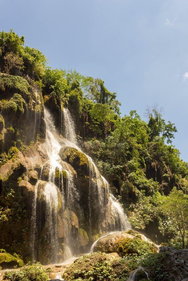 Падения каскада aguacero водопада стоковое фото