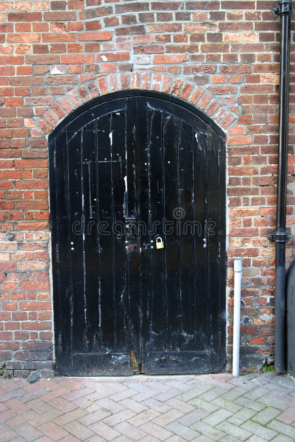 пакгауз двери 18c стоковое изображение rf