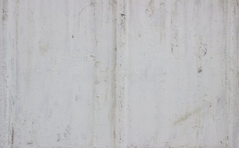 Пакостная белая бетонная стена может использовать для предпосылки стоковое фото rf