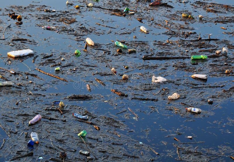 пакостная вода стоковые изображения
