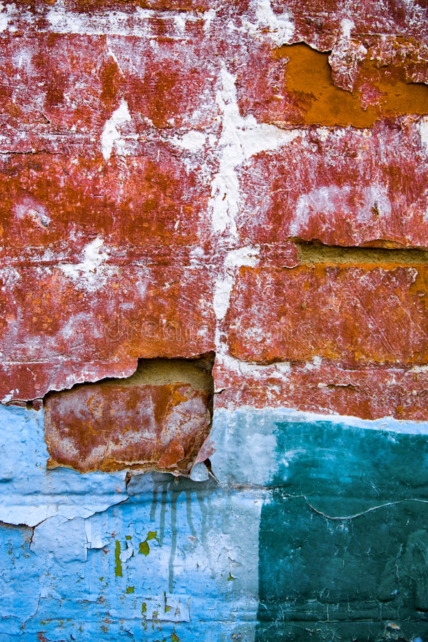 пакостная старая стена стоковые фото
