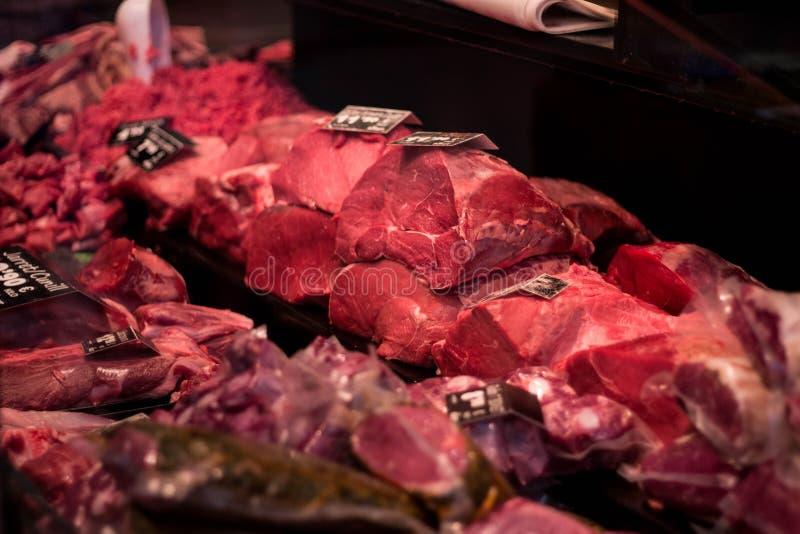 Палачество с прочитанным мясом на продаже стоковые фото
