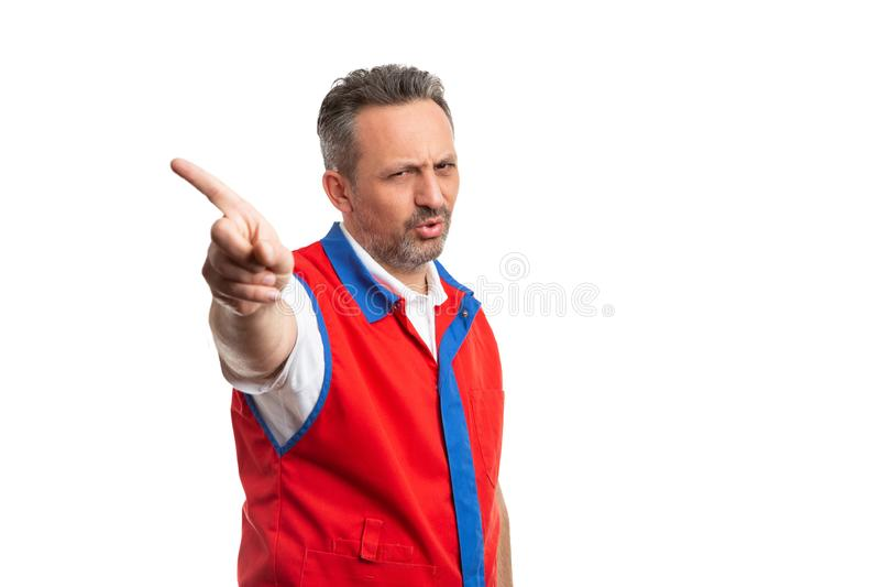 Палец удерживания владельца магазина как позволенный жест стоковое изображение