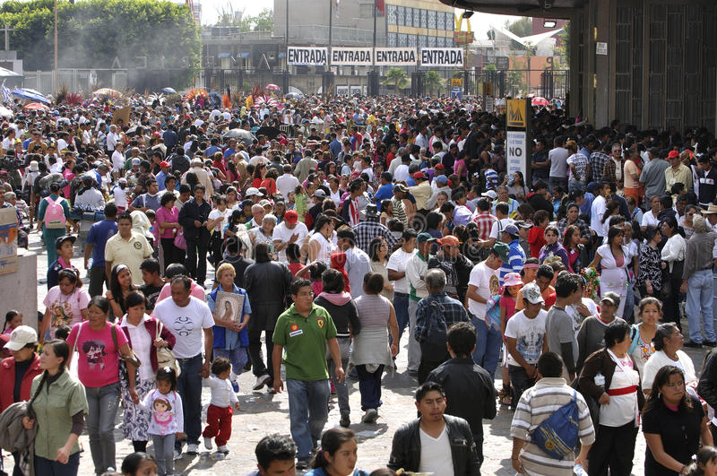 Паломничество к базилике Guadalupe стоковые фотографии rf
