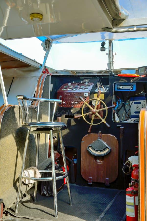 Палуба прогулочного катера стоковая фотография rf
