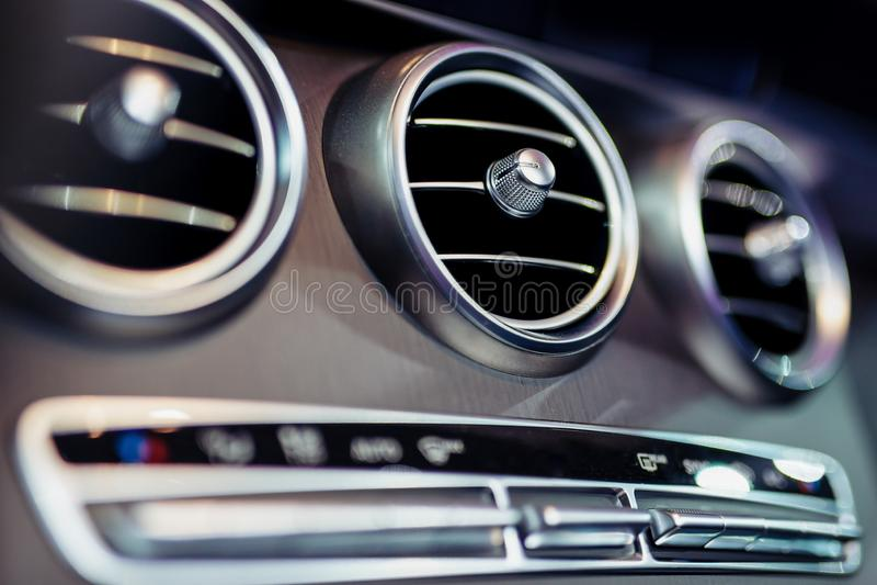 Кондиционирование воздуха автомобиля стоковое фото rf