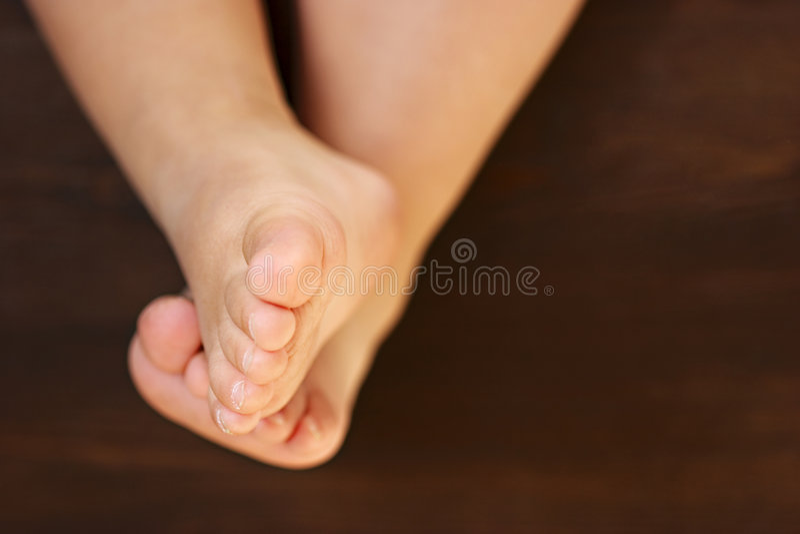 пальцы ноги barefeet младенца стоковая фотография rf