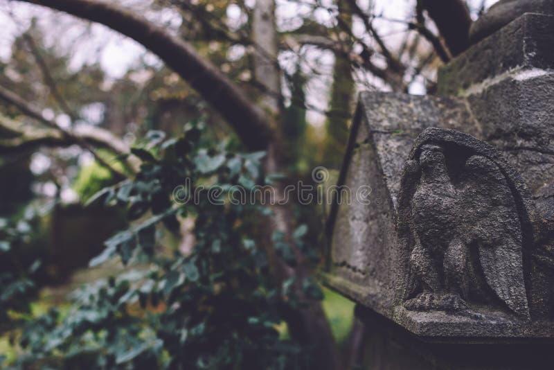 Памятники и усыпальницы кладбища в Генте, Бельгии стоковое изображение
