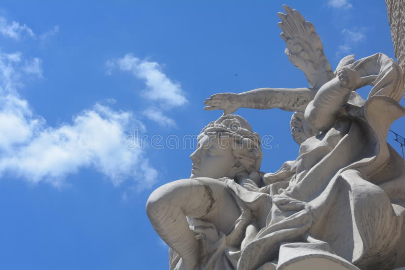Памятник ангелов стоковые фотографии rf